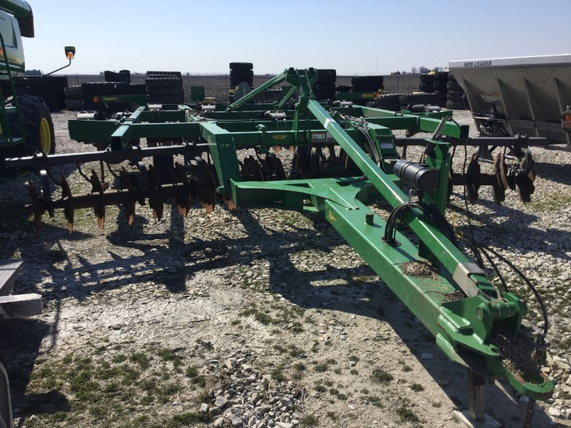 2011 John Deere 512 Disk Ripper For Sale