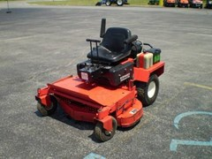 Riding Mower For Sale:   Gravely PROMASTER