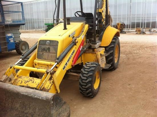 2006 New Holland B95 Loader Backhoe