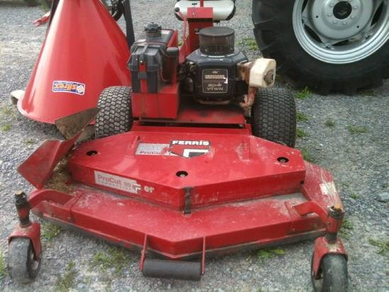 2002 Ferris H2220B Riding Mower For Sale