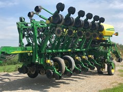 Planter For Sale 2009 John Deere 1790