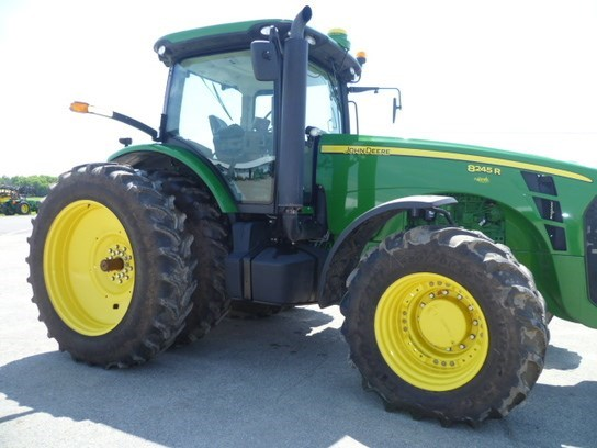 2010 John Deere 8245R Tractor For Sale