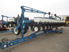 Planter For Sale:  2004 Kinze 3600