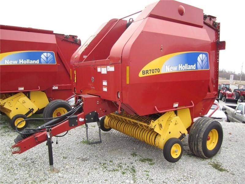 New Holland BR7070 Baler-Round For Sale