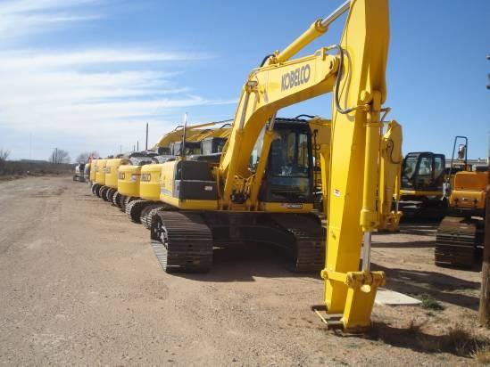 2012 Kobelco SK210 Excavator-Track