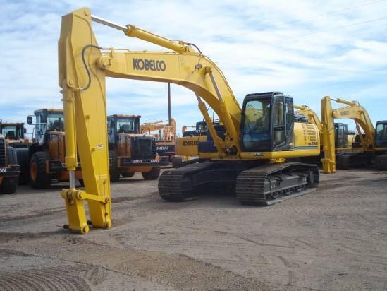 2012 Kobelco SK350 Excavator-Track
