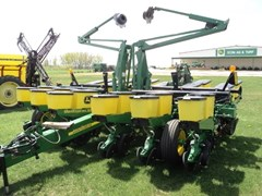 Planter For Sale:  2013 John Deere 1760 12x30