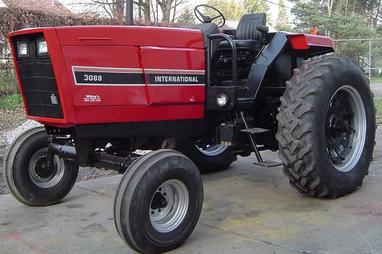 1982 IH 3088 Tractor For Sale » Whites Farm Supply, New York