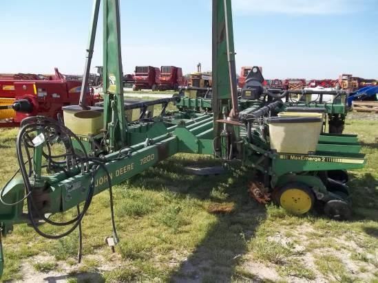1998 John Deere 7200 Planter For Sale