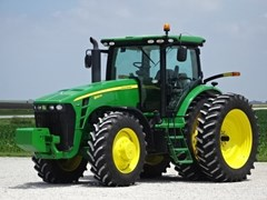 Tractor For Sale 2010 John Deere 8320R , 320 HP