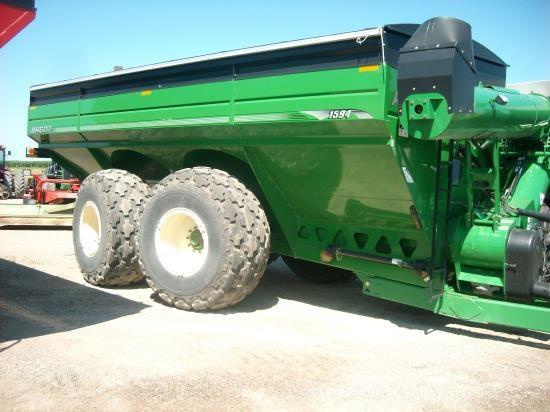 2010 Brent 1594 1500 Grain Cart For Sale