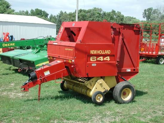 1998 New Holland 644 Baler-Round For Sale