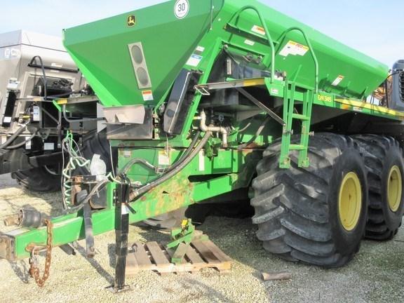 2010 New Leader DN345 Fertilizer Spreader For Sale