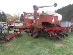 Planter For Sale 1995 Case IH 950