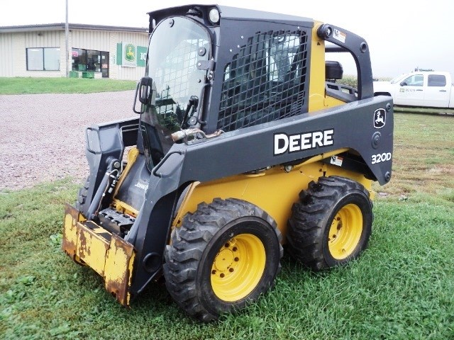 2013 John Deere 320D Skid Steer For Sale