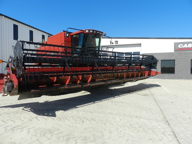 2004 Case IH 2020, 30', Dual Knife, Full Finger, FT Cabezales plegables a la venta