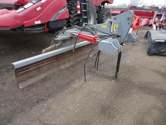 Hiniker BIGOX 10' Misc. Ag For Sale