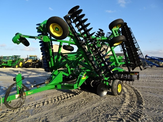 "2014 John Deere 2623VT-30'8"" Vertical Tillage For Sale"