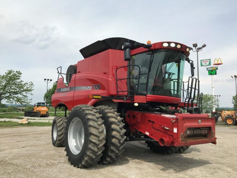2011 Case IH 7120, 783 Sep Hr, RT, FT, Lux Cab, Pro 600 Cosechadoras a la venta