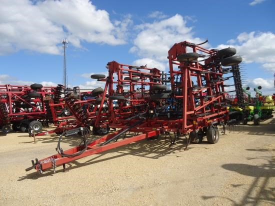 2002 Case IH 48.5 4BAR Field Cultivator For Sale