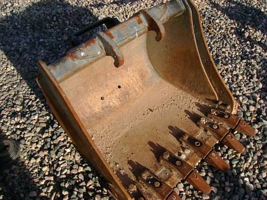Bobcat BU30XCTR_2 Bucket