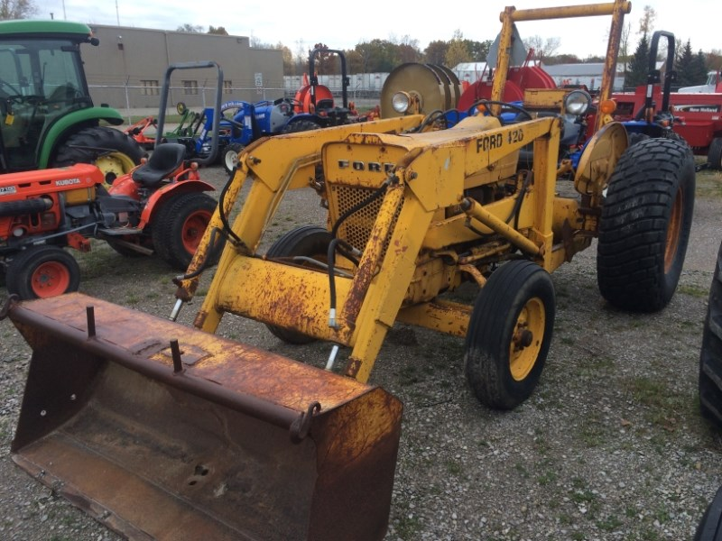 1977 New Holland 420 Tractor For Sale