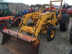 Tractor For Sale:  1977 New Holland 420