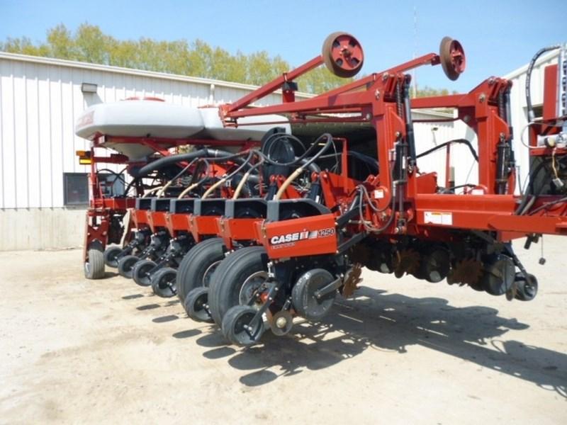 2009 Case IH 1250, 16R30, Whippers, Vac Meter, 2 Pt Hitch Plantadora a la venta