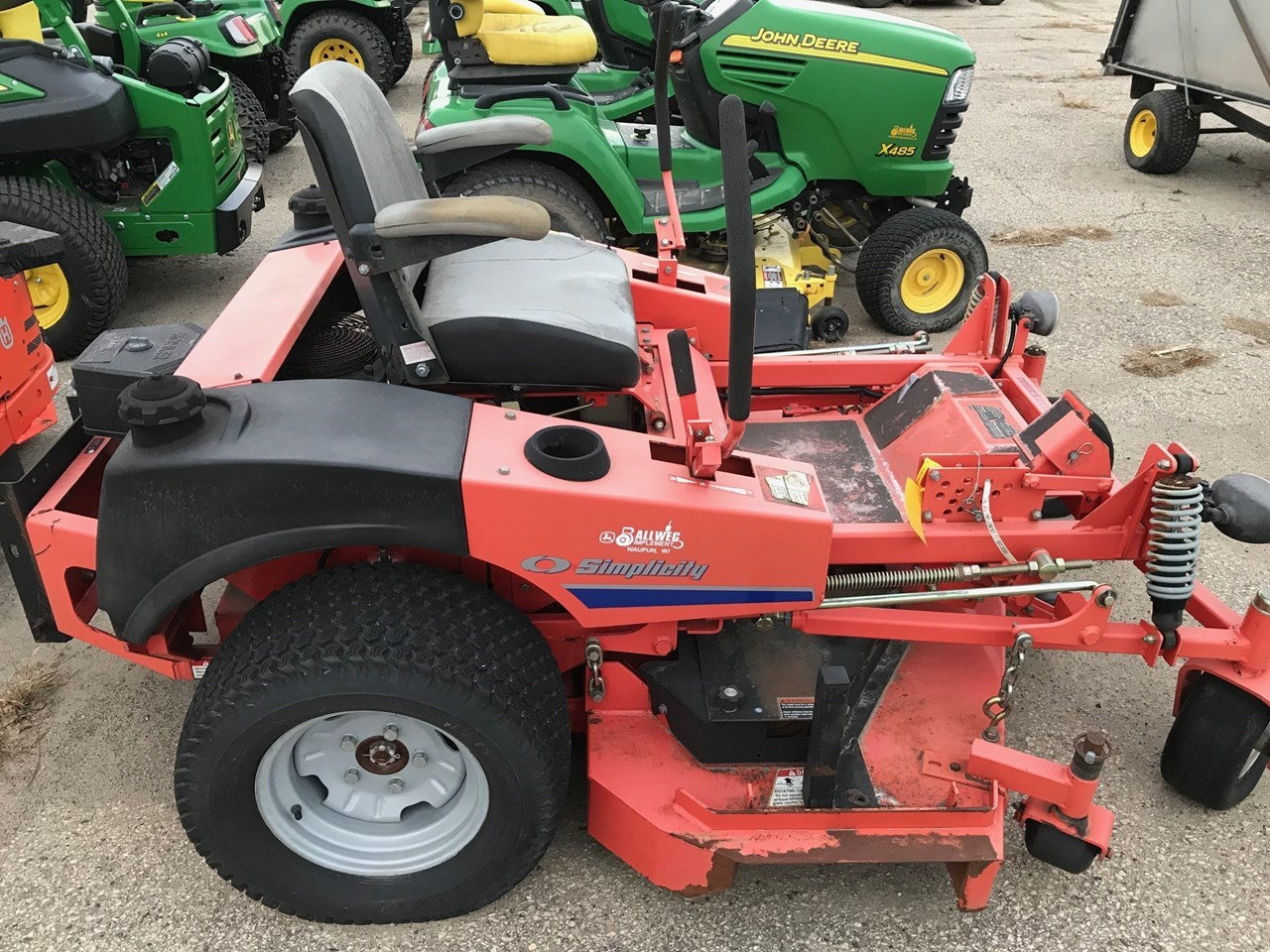 2004 Simplicity ZT2761 Riding Mower For Sale