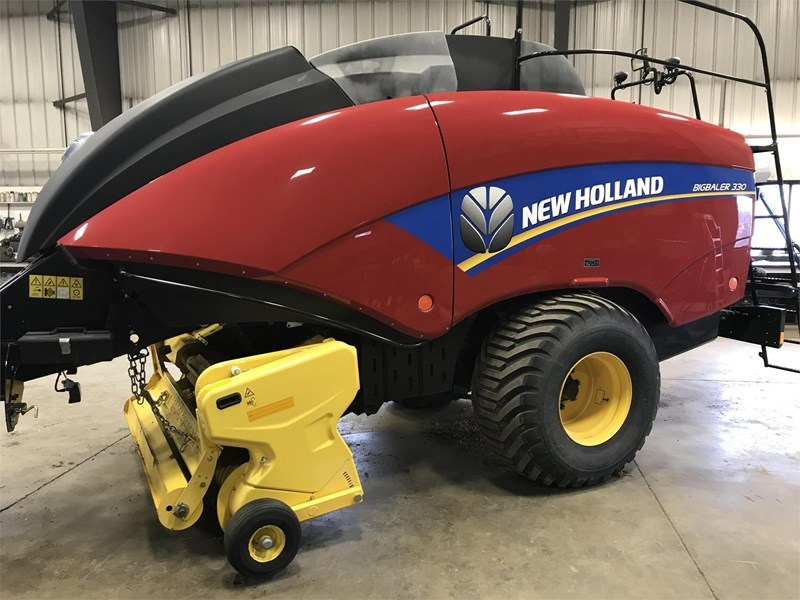2013 New Holland BIG BALER 330 Baler-Square For Sale
