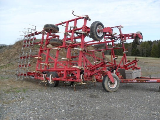Wil-Rich 30 Field Cultivator For Sale