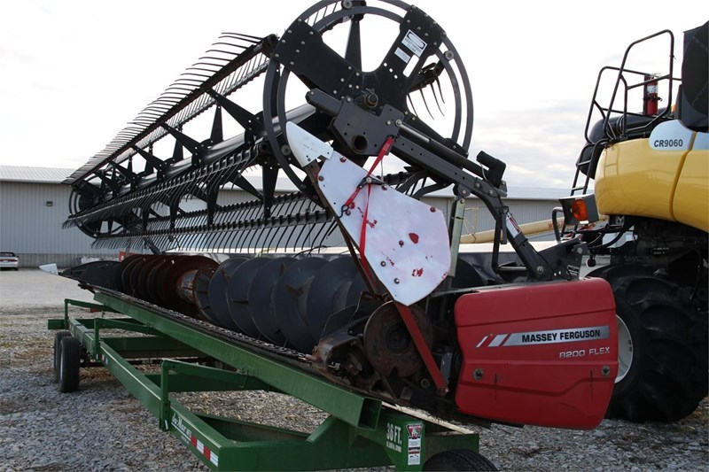 Massey Ferguson 8200 Header/Platform For Sale