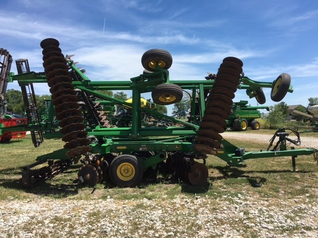 2012 John Deere 2623 Vertical Tillage For Sale