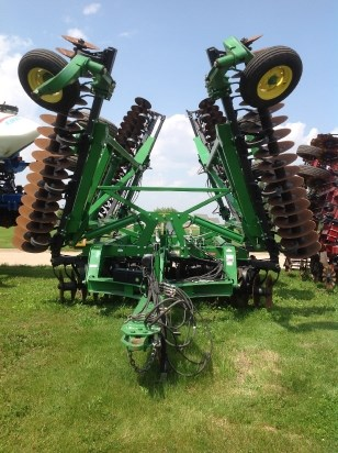 2013 John Deere 2623VT Vertical Tillage For Sale