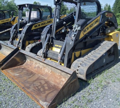 2011 New Holland C232 Skid Steer-Track For Sale