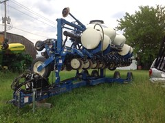 Planter For Sale 2011 Kinze 3600