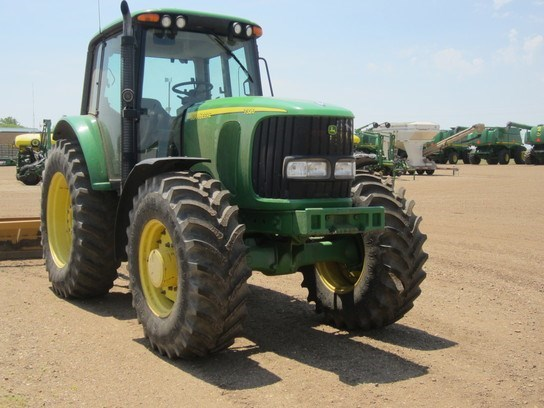 2004 John Deere 7320 Tractor For Sale