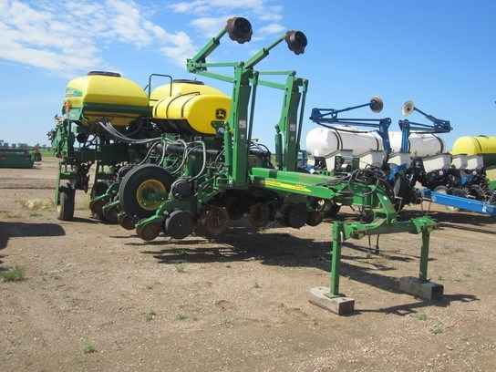 2005 John Deere 1770NT Planter For Sale