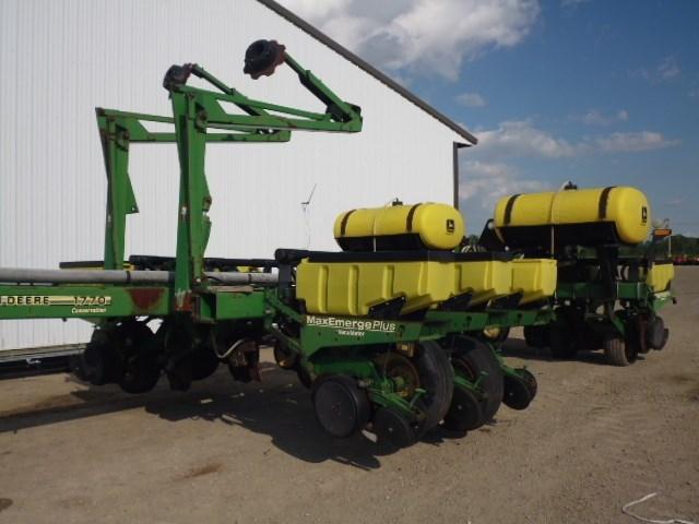 1997 John Deere 1770 Planter For Sale