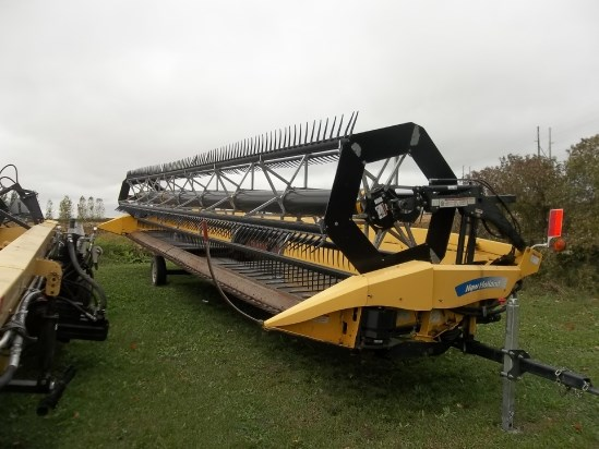 2010 New Holland 88C Header-Auger/Flex For Sale