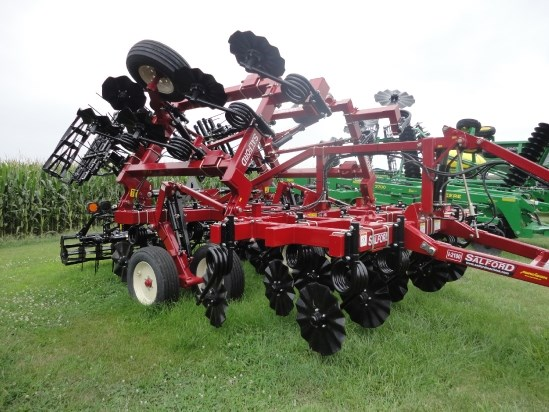 2013 Salford I-2118 Vertical Tillage For Sale