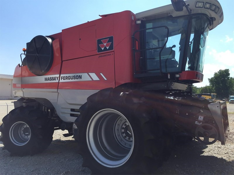 2008 Massey Ferguson 9895 Combine For Sale