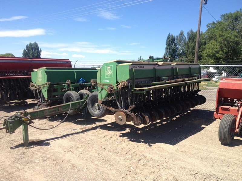 Great Plains SOLID STAND 30 Grain Drill For Sale
