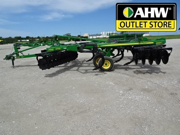 2013 John Deere 2720 Disk Ripper For Sale