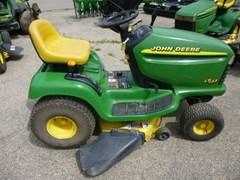 Riding Mower For Sale 1998 John Deere LT133 , 13 HP