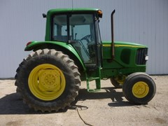 Tractor For Sale 2002 John Deere 6420 , 110 HP