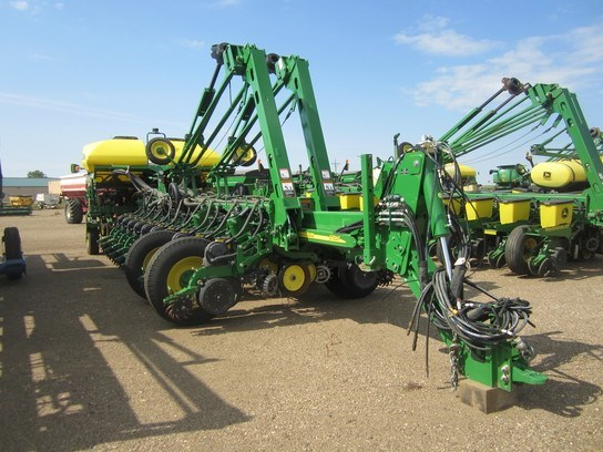 2013 John Deere 1770NT CCS Planter For Sale