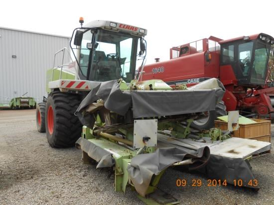 2004 Claas 8700 Windrower-Self Propelled For Sale