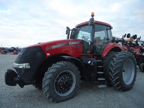 Tractor For Sale:  2014 Case IH 235