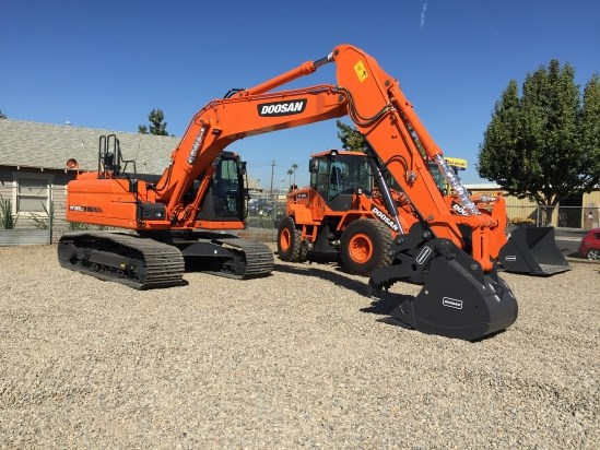2015 Doosan DX225 LC-3   Excavator-Track For Sale
